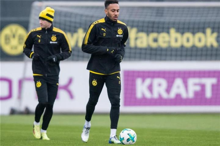 BVB wohl mit Aubameyang in Berlin