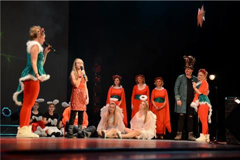 "Showfactory zeigt Musical ""Christmas in Town"""