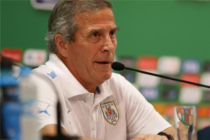 Tabárez bleibt Nationaltrainer Uruguays