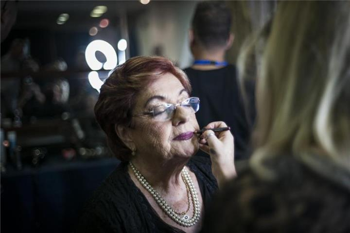 "Tova Ringer ist ""Miss Holocaust Survivor"""