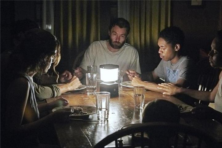 """It Comes at Night"": Postapokalyptischer Horror"