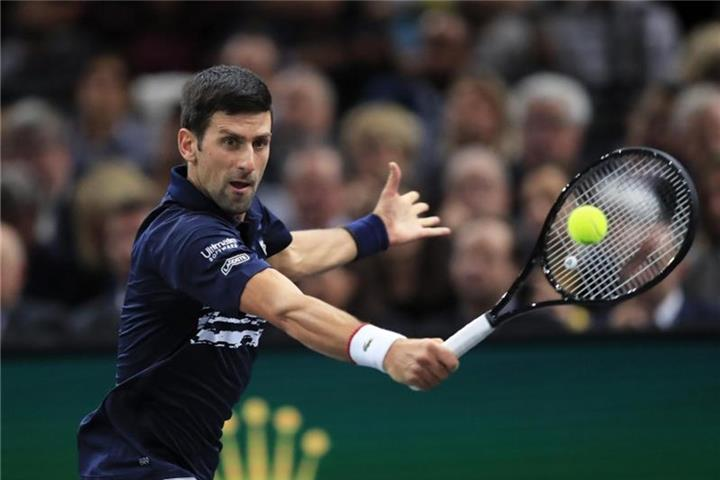 Djokovic feiert Masters-Tennis-Titel in Paris
