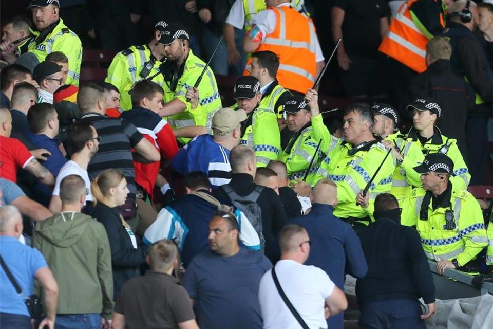 Polizei und Bonner SC rüsten sich: Ultras von Hannover 96