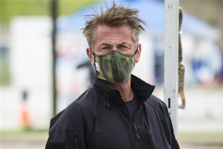 Sean Penn plant Promi-Spendenaktion