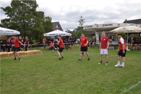 Dodgeball-Turnier in Spork mit 15 Teams