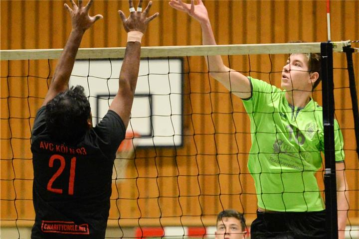 TuB-Spieler in Volleyball-Internat in Frankfurt
