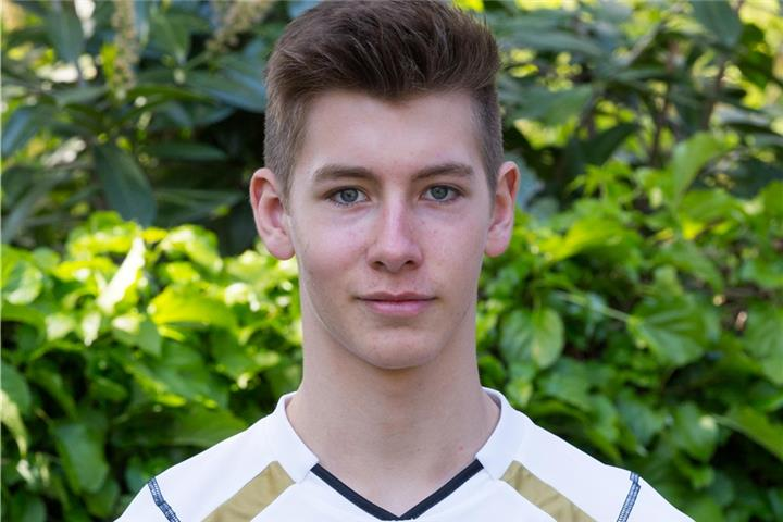 Bocholter holt mit Volleyball-U18-Nationalteam EM-Gold