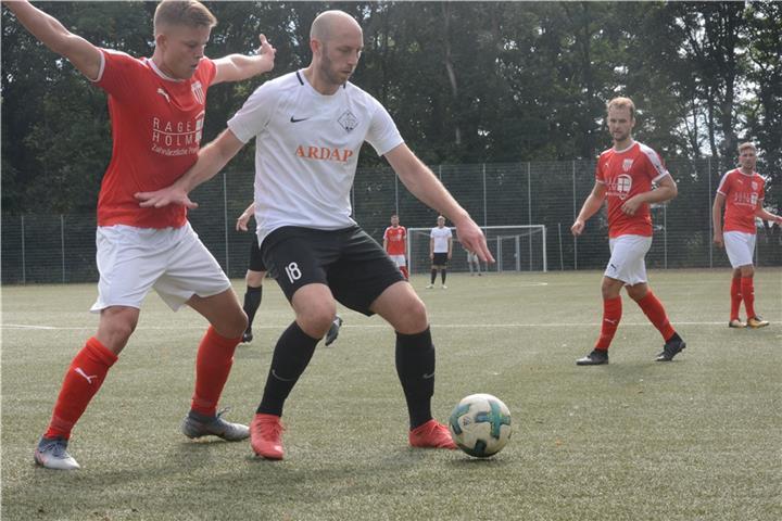 DJK Stenern nach Derbysieg erster Tabellenführer