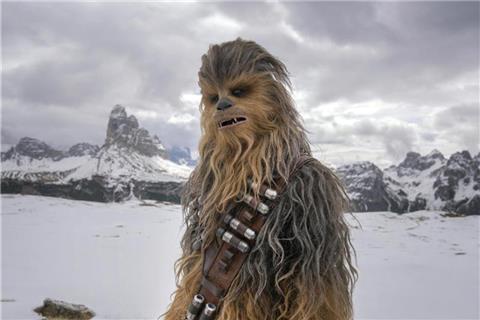 """33740a8405559 """"Solo"""" in Nordamerikas Kinos weiter vorne"""