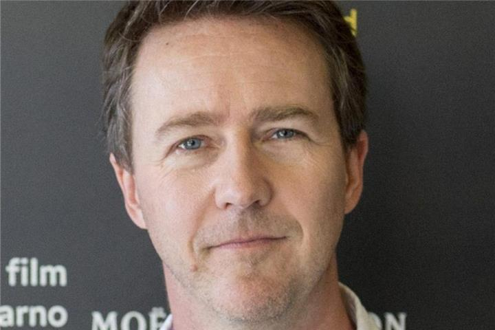 "Edward Norton führt Regie in ""Motherless Brooklyn"""